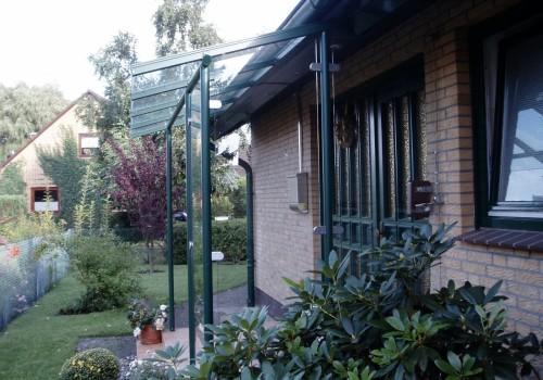 Individuelles Vordach – Feuerverzinkt Und Farbbeschichtet
